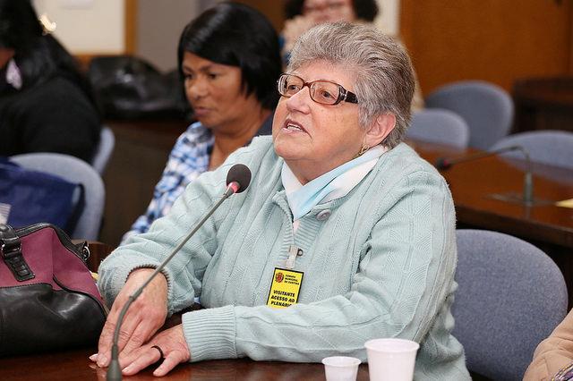 Lourdes Marchi, integrante da coletivo da Feira de Economia Solidária e conselheira do Cefuria (Foto: Andressa Katriny, da Câmara Municipal de Curitiba)