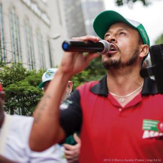 """""""A reciclagem não foi inventada por nós, mas para ganhar dinheiro"""" / Marco Aurelio Prates"""